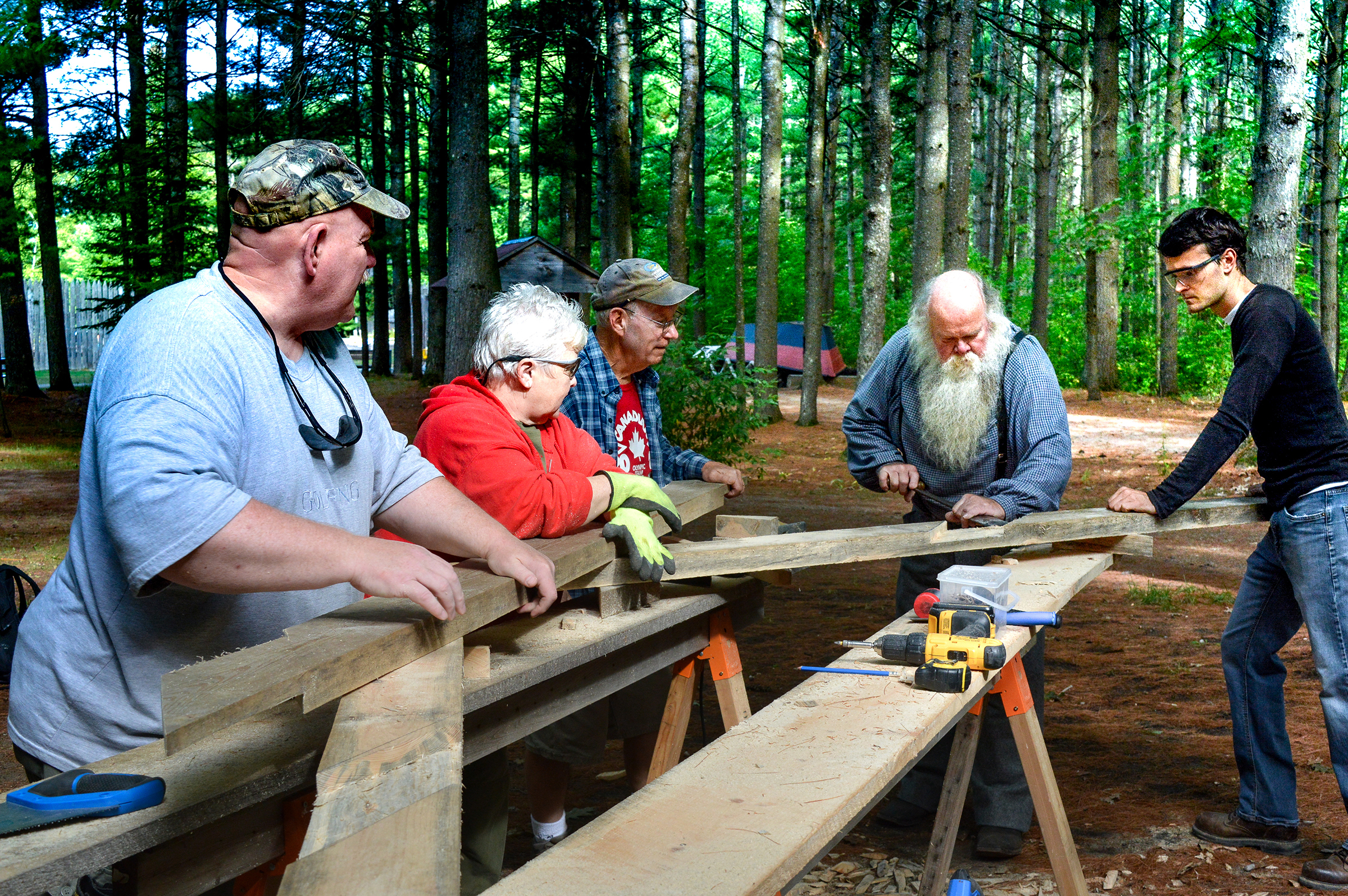 Volunteers building shed.jpg